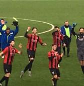 Calcio, l'Ambrosiana vola in Serie D con una tripletta