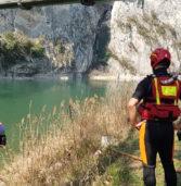 Dolcé, esce di strada con l'auto e precipita nel fiume Adige: un ferito