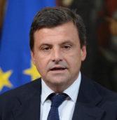 POLITICHE 2018, il ministro Calenda in visita all'acciaieria Pittini (ex Riva Acciaio)