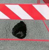 Legnago, denuncia dei lettori: a Casette continuano ad aprirsi voragini nell'asfalto