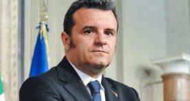 Verona, domani il ministro Centinaio alla Convention delle Camere di commercio
