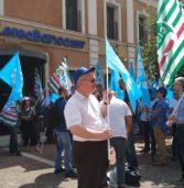 Cerea, manifestazione stamattina davanti a CereaBanca 1897 con i dipendenti che annunciano scioperi