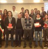 """Cerea, premiati gli studenti meritevoli del Da Vinci da """"CereaBanca 1897"""" e Rotary"""
