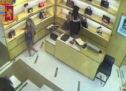 Verona, rubano una borsa da 2 mila euro da Vuitton: prese