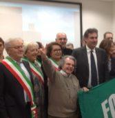 Politica, Fi attacca sull'Autonomia: «Se Salvini non mantiene la promessa in piazza con i gilet azzurri»