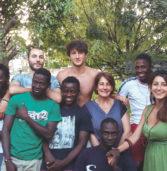 Verona, incontro con Nicoletta Ferrara che ospita in casa 6 ragazzi richiedenti asilo