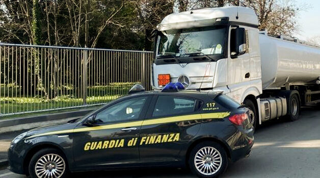 Verona, la Guardia di Finanza sequestra 74 milioni per una frode fiscale ad una società che commercia prodotti petroliferi