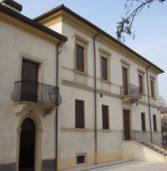 """Isola della Scala, teatro a Villa Rebotti con la commedia """"Cantiere a Luci Rosse"""""""