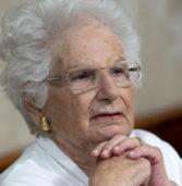 Verona, la senatrice Segre dice no alla cittadinanza onoraria: «Incompatibile con la scelta di dedicate una via ad Almirante»