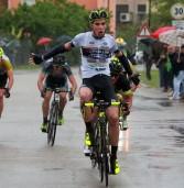 Ciclismo, a Marzaglia (Mo) vittoria in volata del Caldierese Giulio Masotto