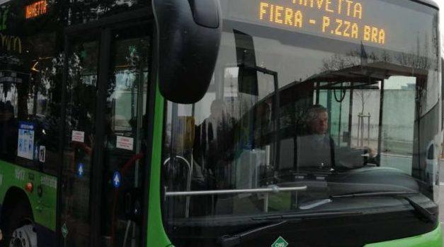 Verona, da oggi al 24 dicembre bus navetta dai parcheggi al centro città