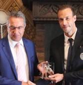 """Il """"Cangrande"""" al calciatore dell'Hellas Moras per le sue qualità umane"""