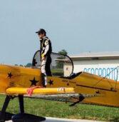 Aeronautica, il pilota acrobatico Legnaghese Andrea Pesenato si aggiudica il trofeo Reggiani a Lugo di Romagna