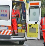 Bardolino, tre ragazzi Torinesi travolti mentre cambiano una ruota: due morti