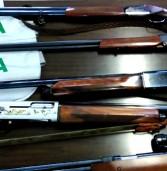Due denunciati per detenzione illegali di fucili e munizioni