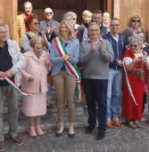 "Bardolino, inaugurata la mostra degli ""Artisti Bardolinesi"""