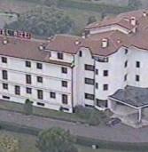 """Bussolengo, 90 profughi all'hotel Rizzi. Il sindaco: «Un """"ghetto"""" perché altri Comuni non li vogliono»"""