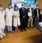 Sanità, donati dal Rotary 15 caschi per la rianimazione all'ospedale di Negrar