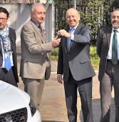 Consegnate dalla Volkswagen due Seat alla Questura di Verona