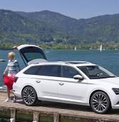 Skoda presenta la Superb Wagon: più spazio, infotainment e consumi ridotti